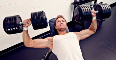 6 Mistakes When Trying to Build a Muscular Chest